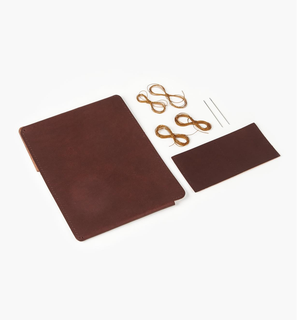 09A1063 - Premium Leathercraft Passport Case Kit