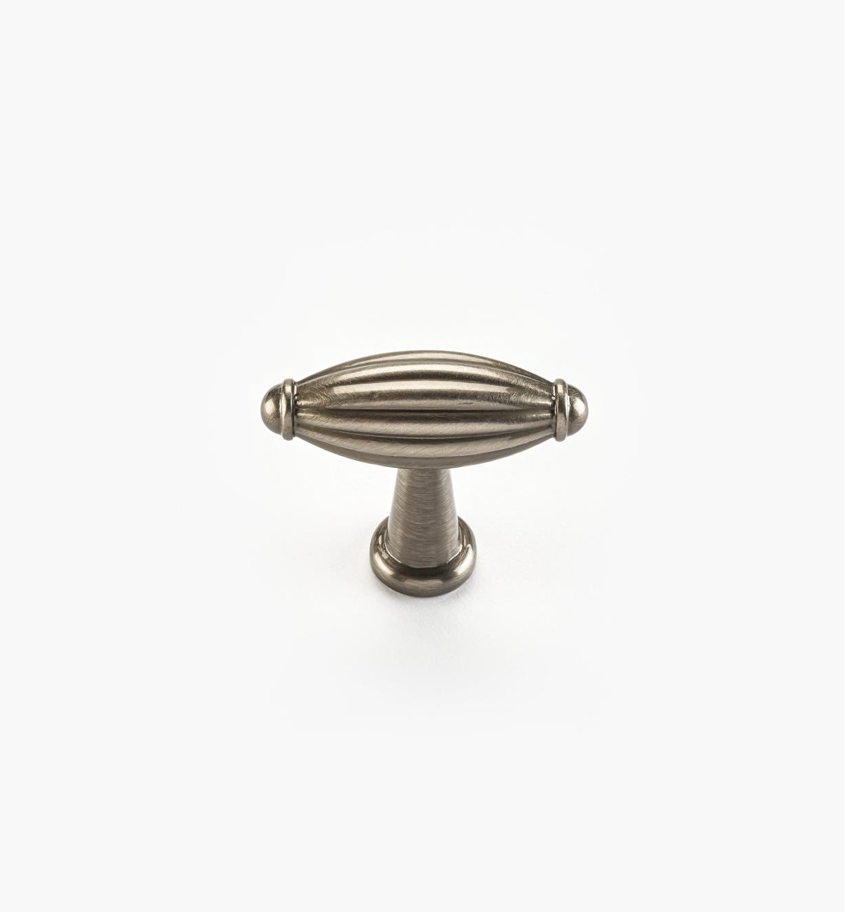 02W4430 - Bouton de 13/4po x 17/16po, série Olive, fini nickel antique