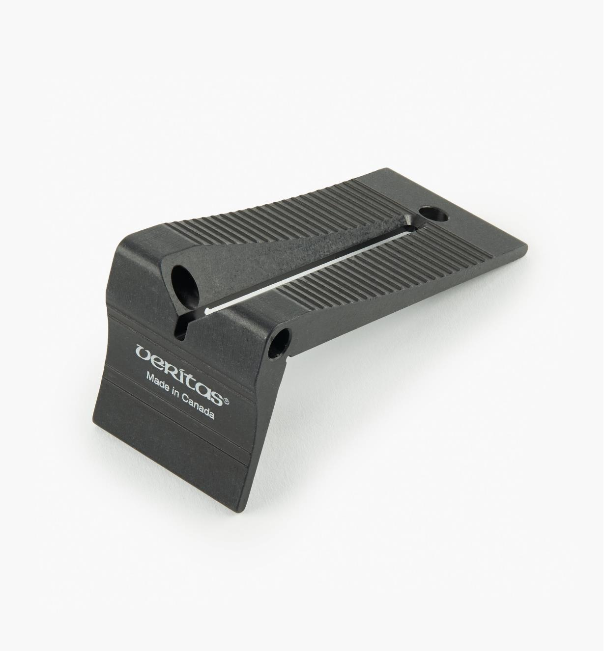 05N5610 - Veritas Lg. Saddle Square