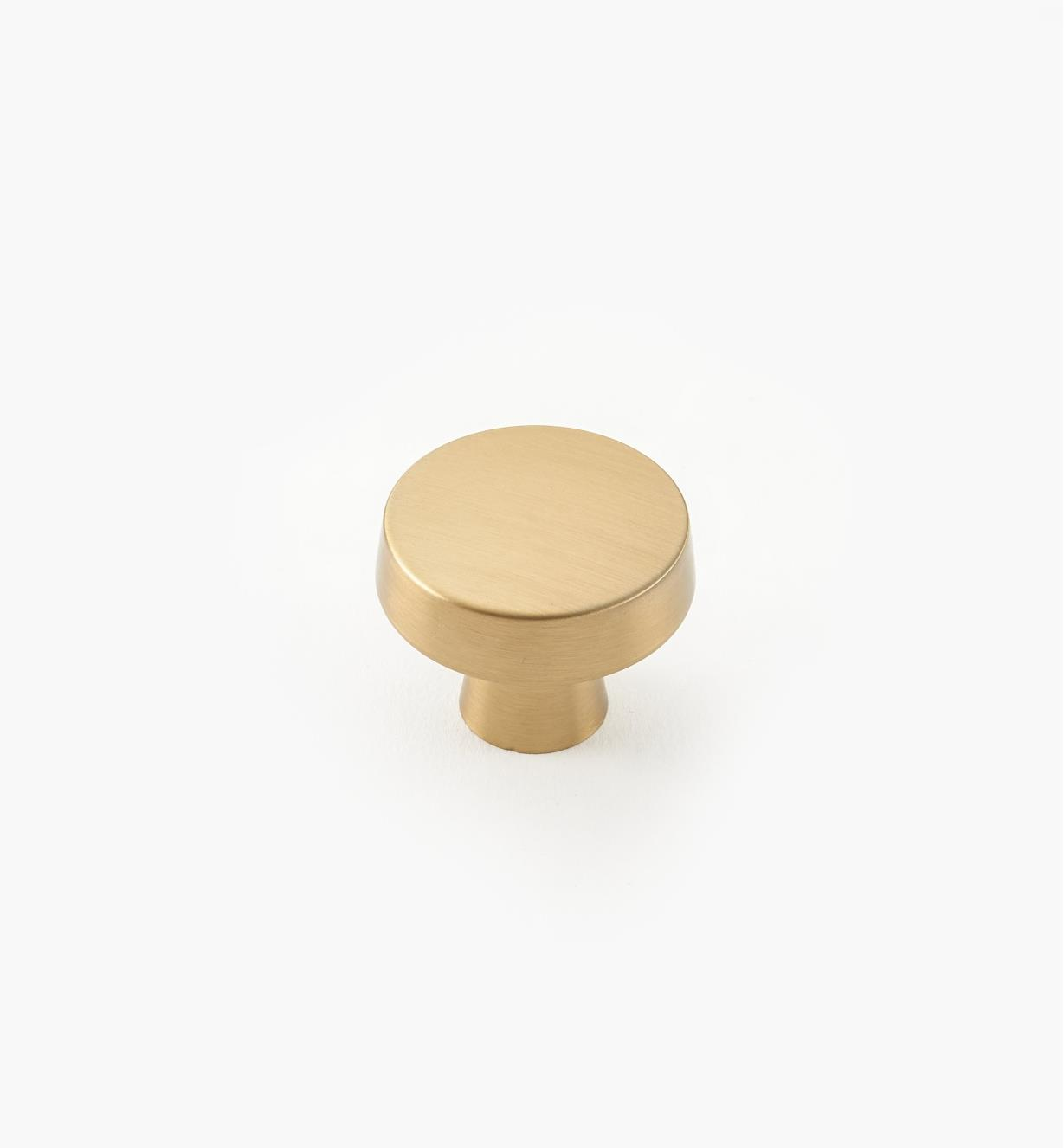 "02A1780 - Blackrock Golden Champagne 1 1/4"" x 1"" Round Knob, each"