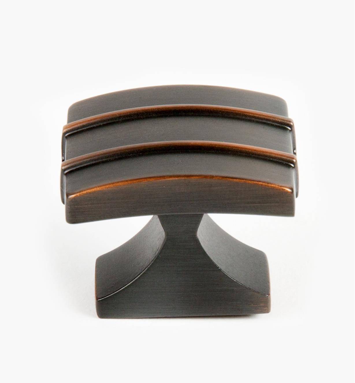 02A1436 - Grand bouton Davenport, 11/2po x 11/4po, bronze huilé, l'unité