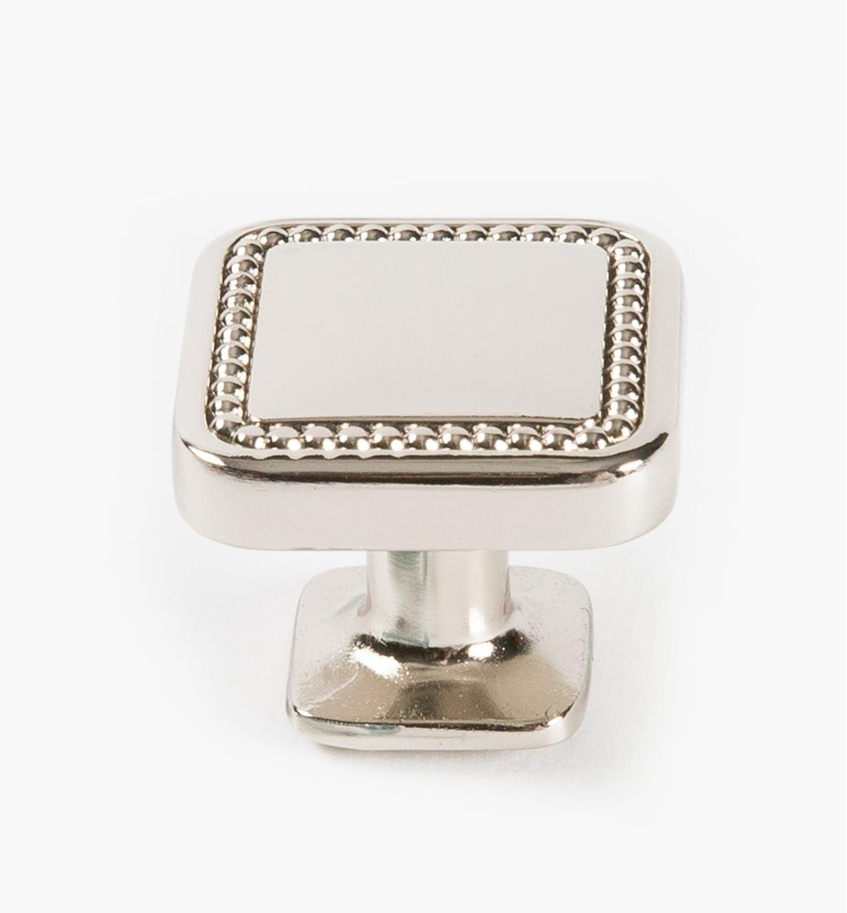 02A1635 - Bouton carré Carolyne, 32mm (1 1/4 po), nickel poli, l'unité