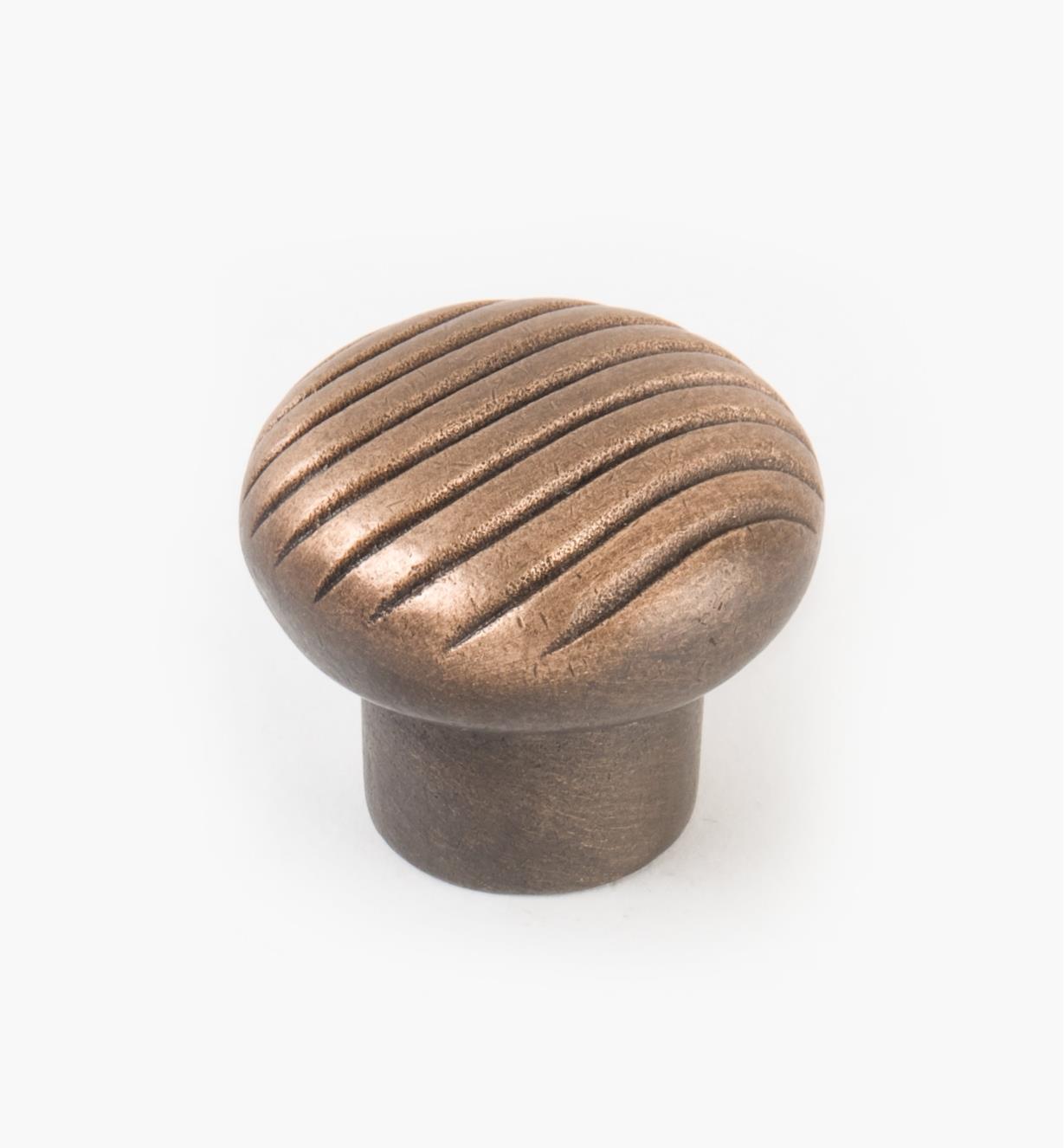 03G0342 - Bouton bombé de 15/8po x 13/8po, série Canyon, fini bronze vieilli
