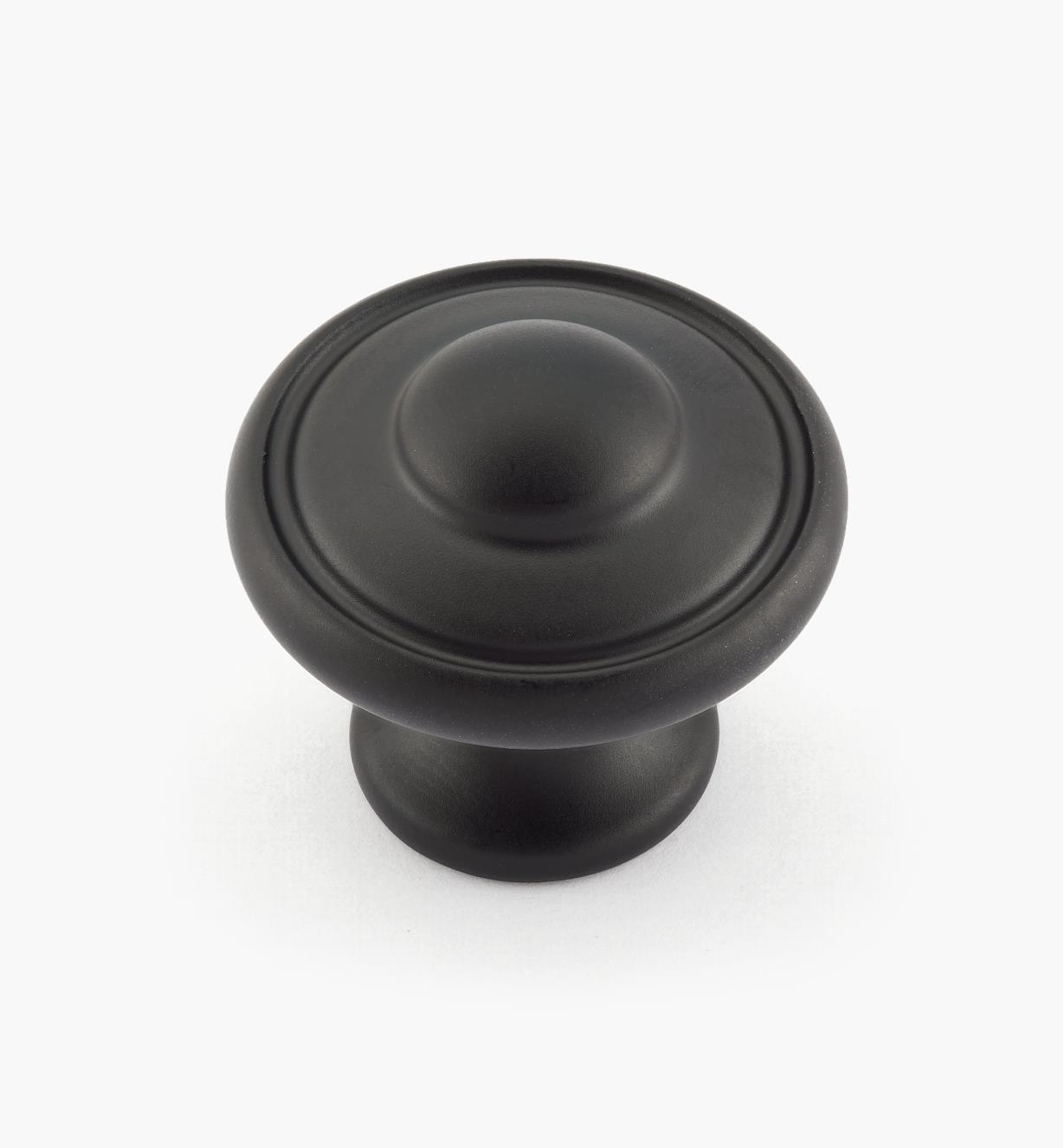 02G1801 - Bouton Euro Traditions de 1 3/16 po x 1 1/16 po, fini noir mat