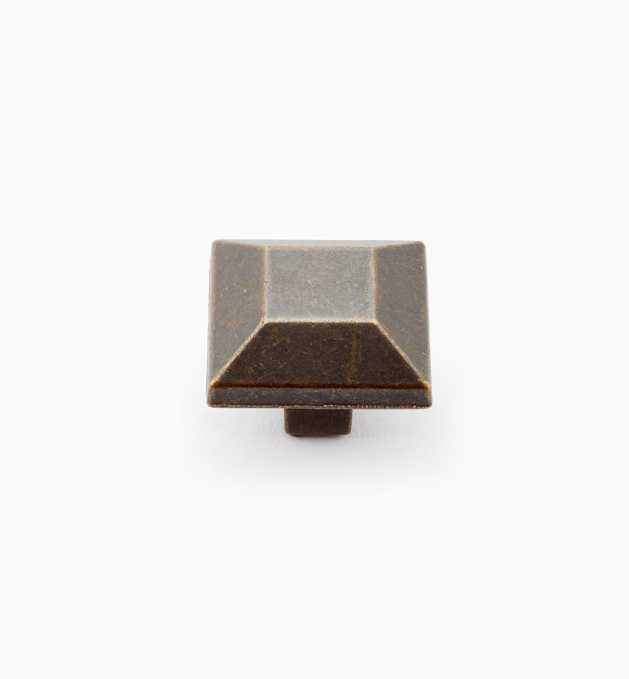 02G1701 - Bouton carré de 1 po x 7/8 po, sérieAmericanMissionII, laitonrustique