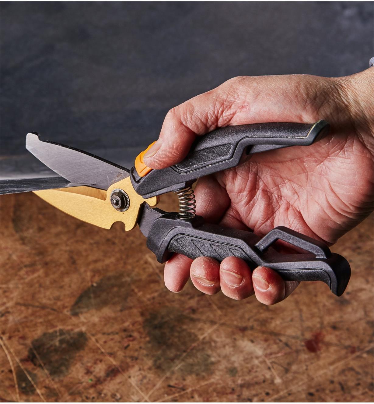 99W7805 - Workshop Snips, Fiskars