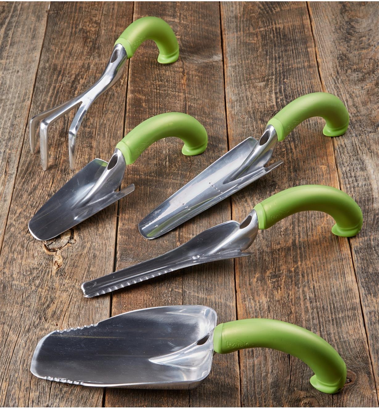 AD837 - Jeu de 5 outils à main ergonomiques Radius