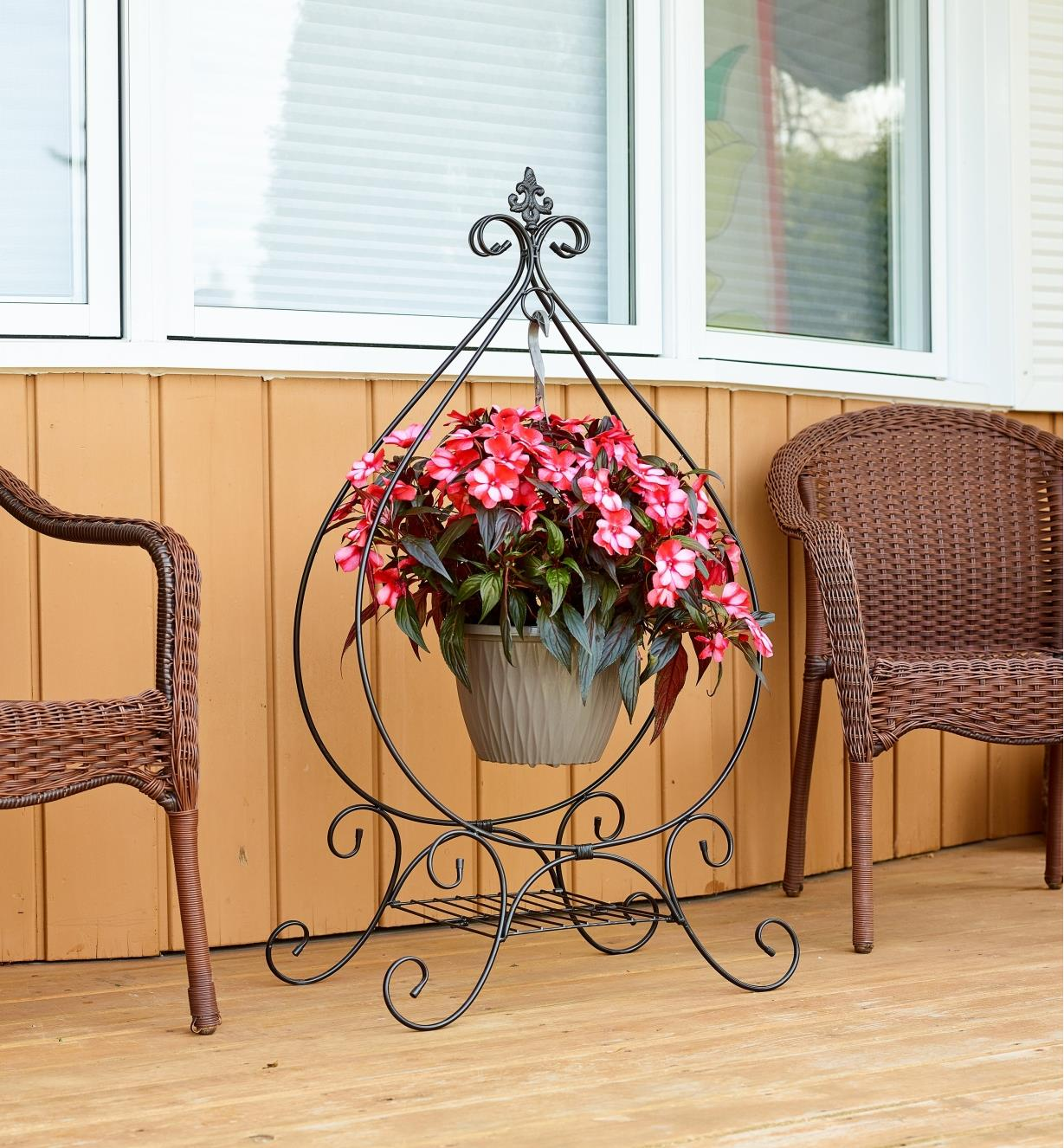 PD258 - Folding Plant Stand