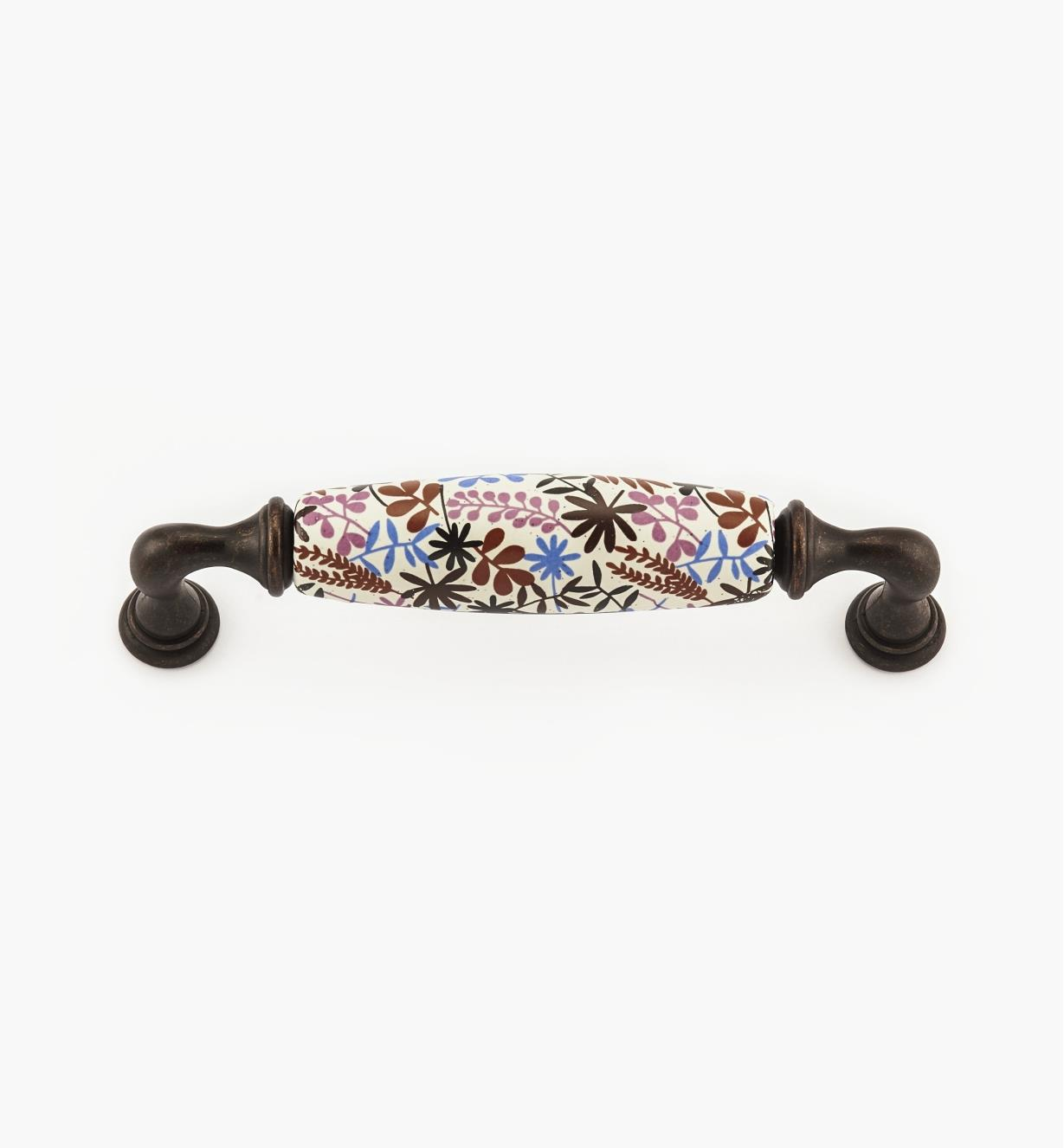 00A7750 - 128mm Floral Handle
