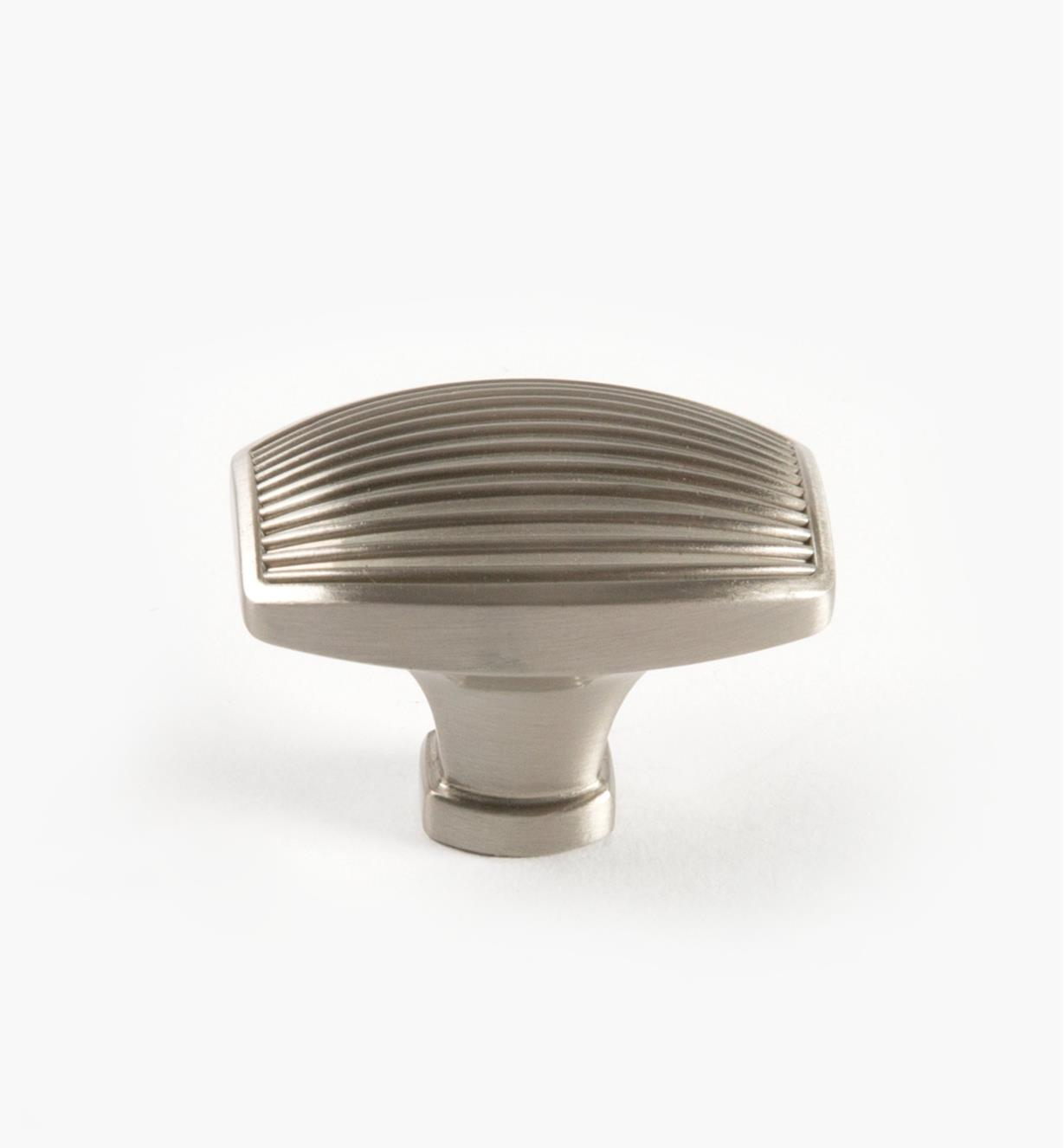 02A1533 - Petit bouton Seagrass, 1 1/2po, nickel satiné, l'unité