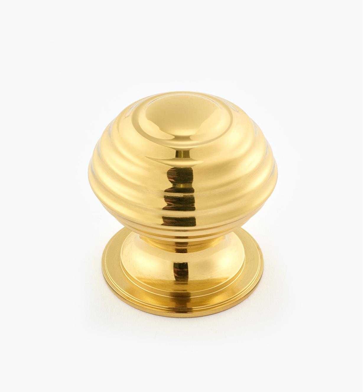 "02W3216 - Polished Brass Suite - 1 1/2"" x 1 1/2"" Turned Brass Ridged Knob"