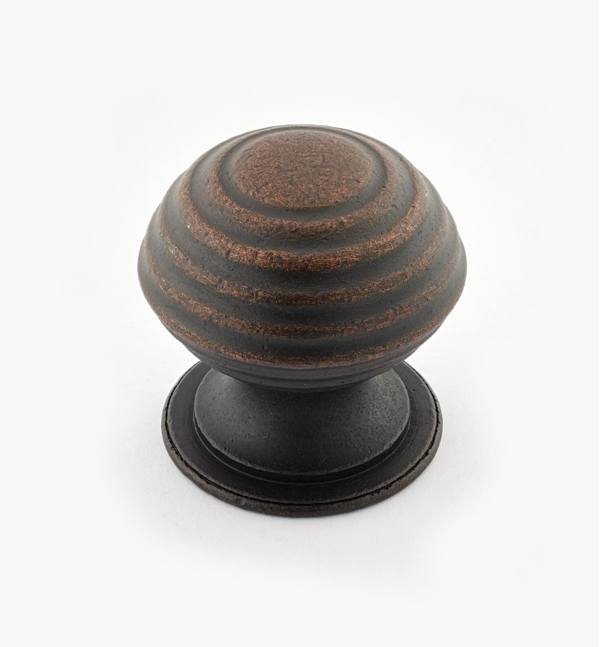 "02W3276 - Weathered Bronze Suite - 1 1/2"" x 1 1/2"" Turned Brass Ridged Knob"