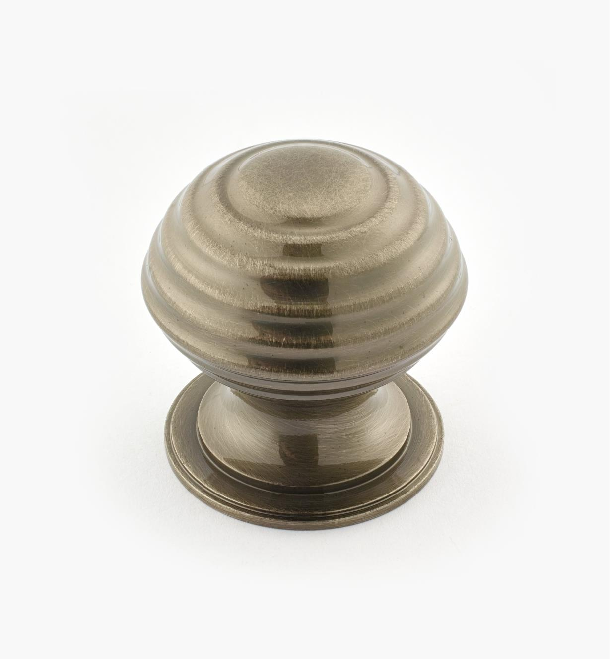 "02W3316 - Antique Nickel Suite - 1 1/2"" x 1 1/2"" Turned Brass Ridged Knob"