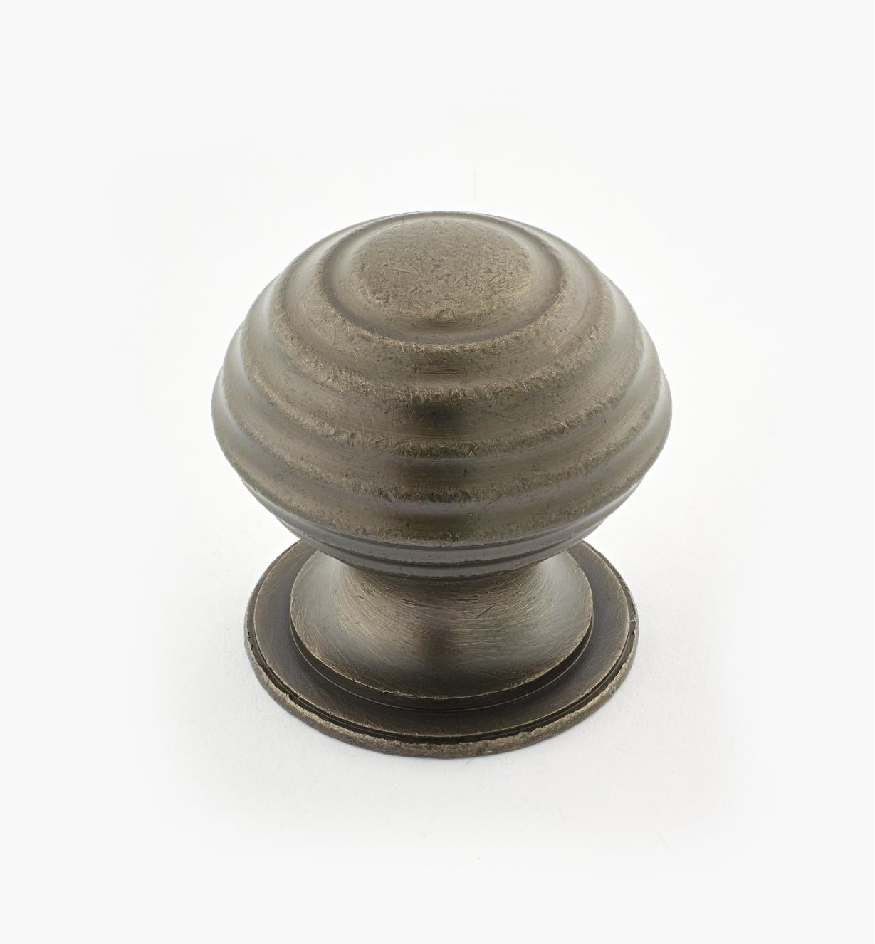 "02W3336 - Pewter Suite - 1 1/2"" x 1 1/2"" Turned Brass Ridged Knob"