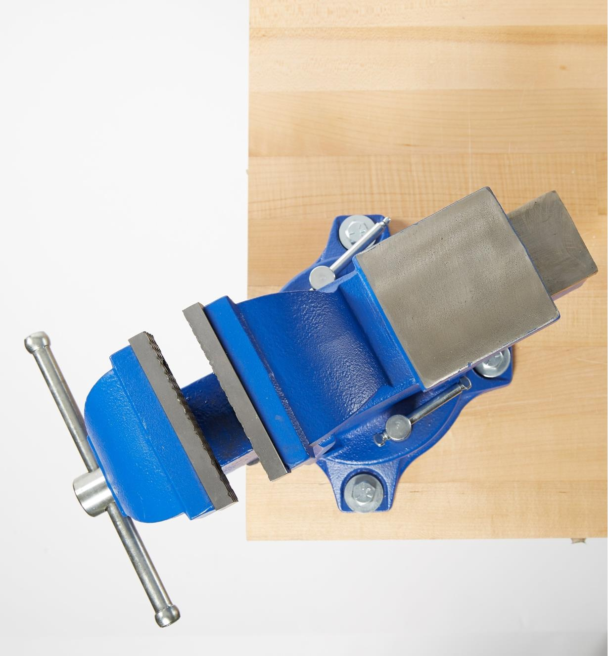 70G0106 - HD Swivel-Base Mechanic's Vise