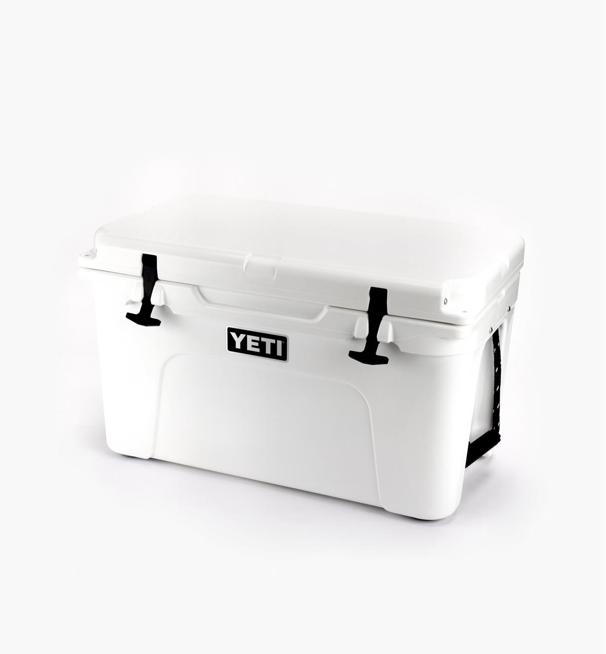74K0011 - Yeti Tundra Hard-Sided 45 Cooler, White