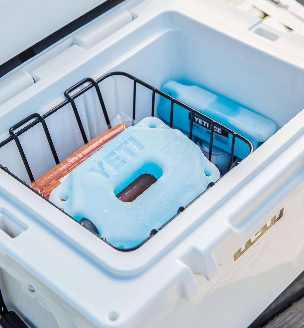 "74K0090 - 1 lb Yeti Ice Pack, 8"" x 2 5/8"" x 1 9/16"""