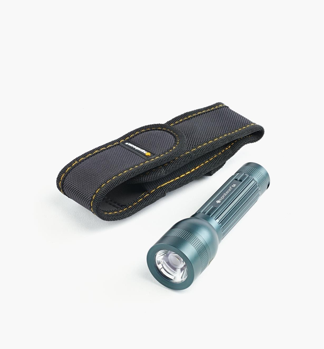 45K1983 - Lampe de pocheQ4, 400lumens