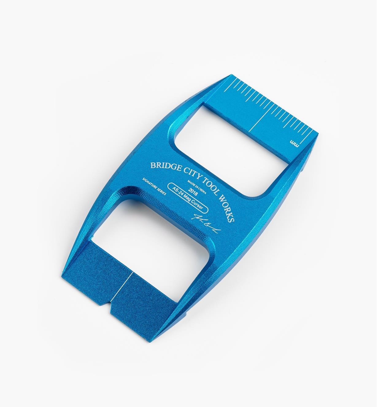 17N1687 - Bridge City Blue Metric Cursor