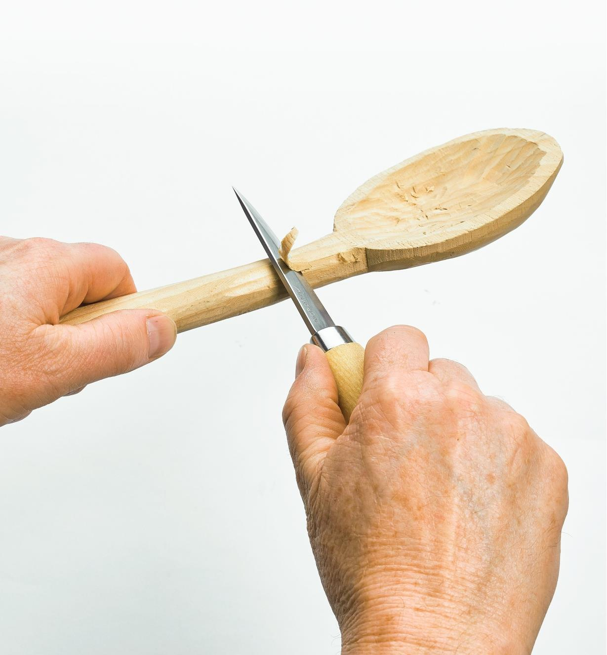 Carving a spoon with a Frost Knife