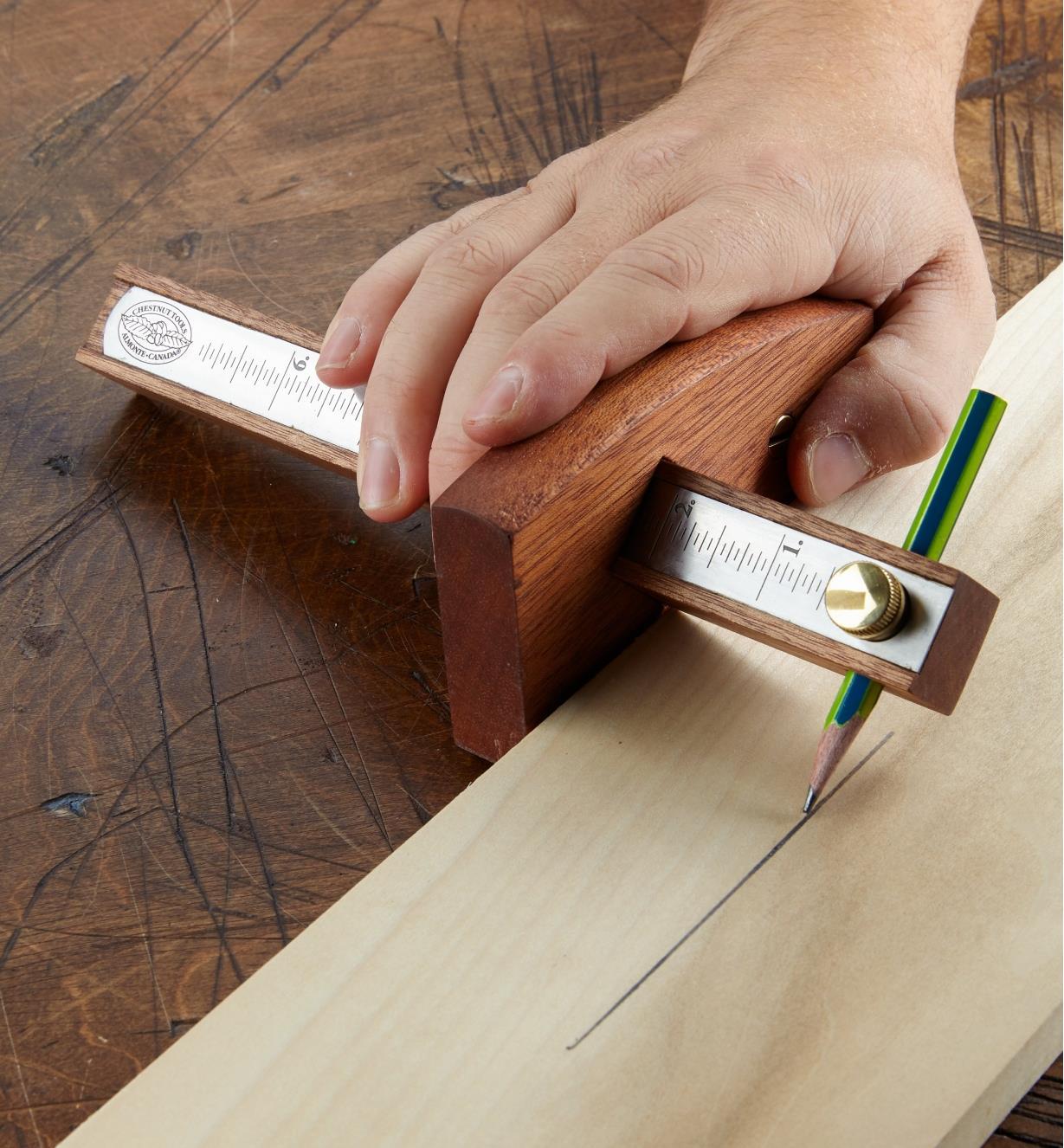 09A0141 - Wood Marking Gauge