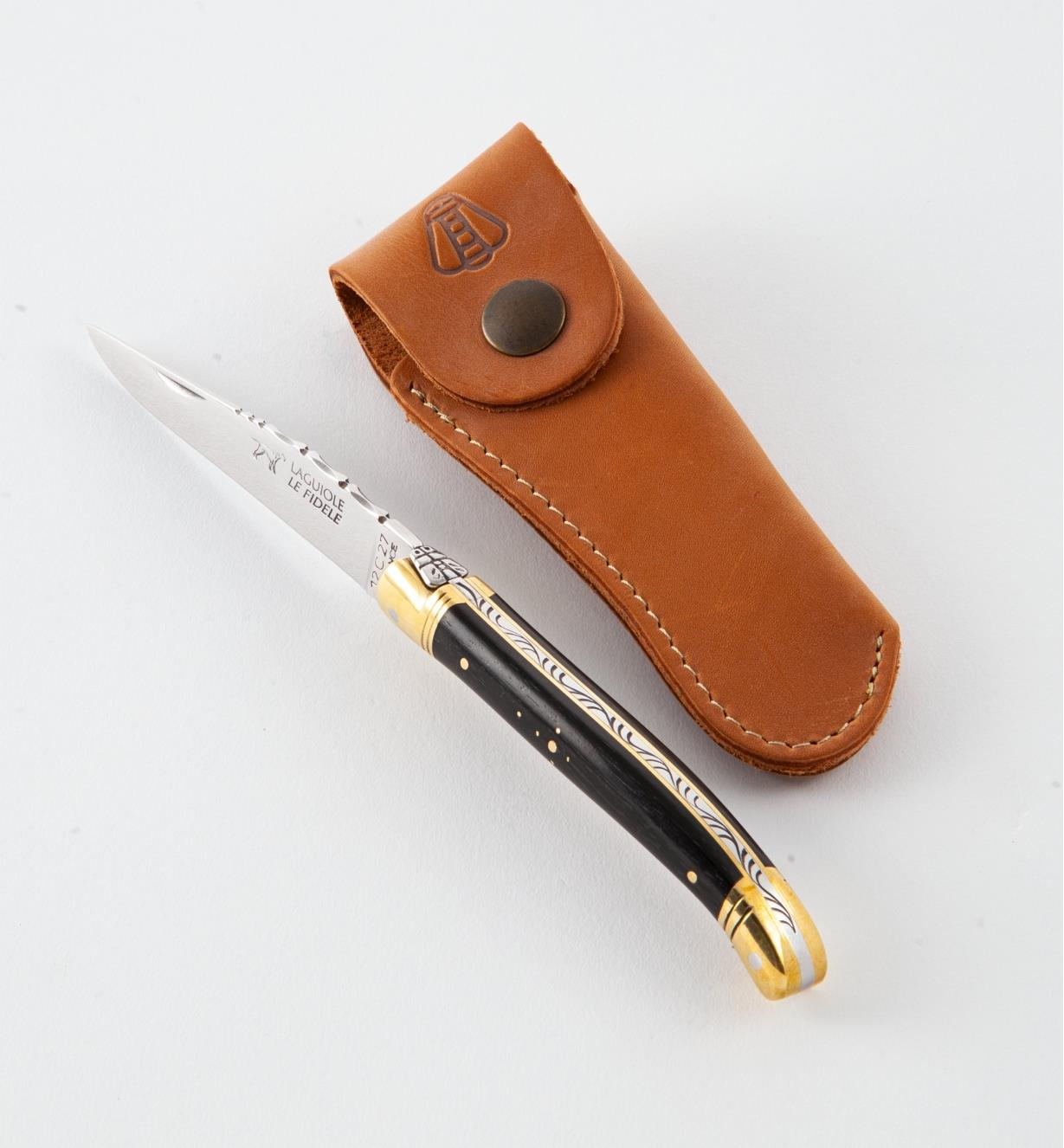 33K0616 - The Laguiole Knife with Leather Case