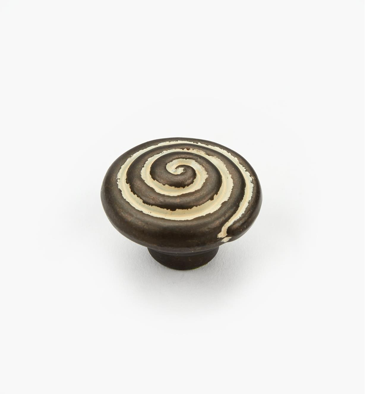 "03W2826 - 1 1/4"" Antique Swirl Knob"