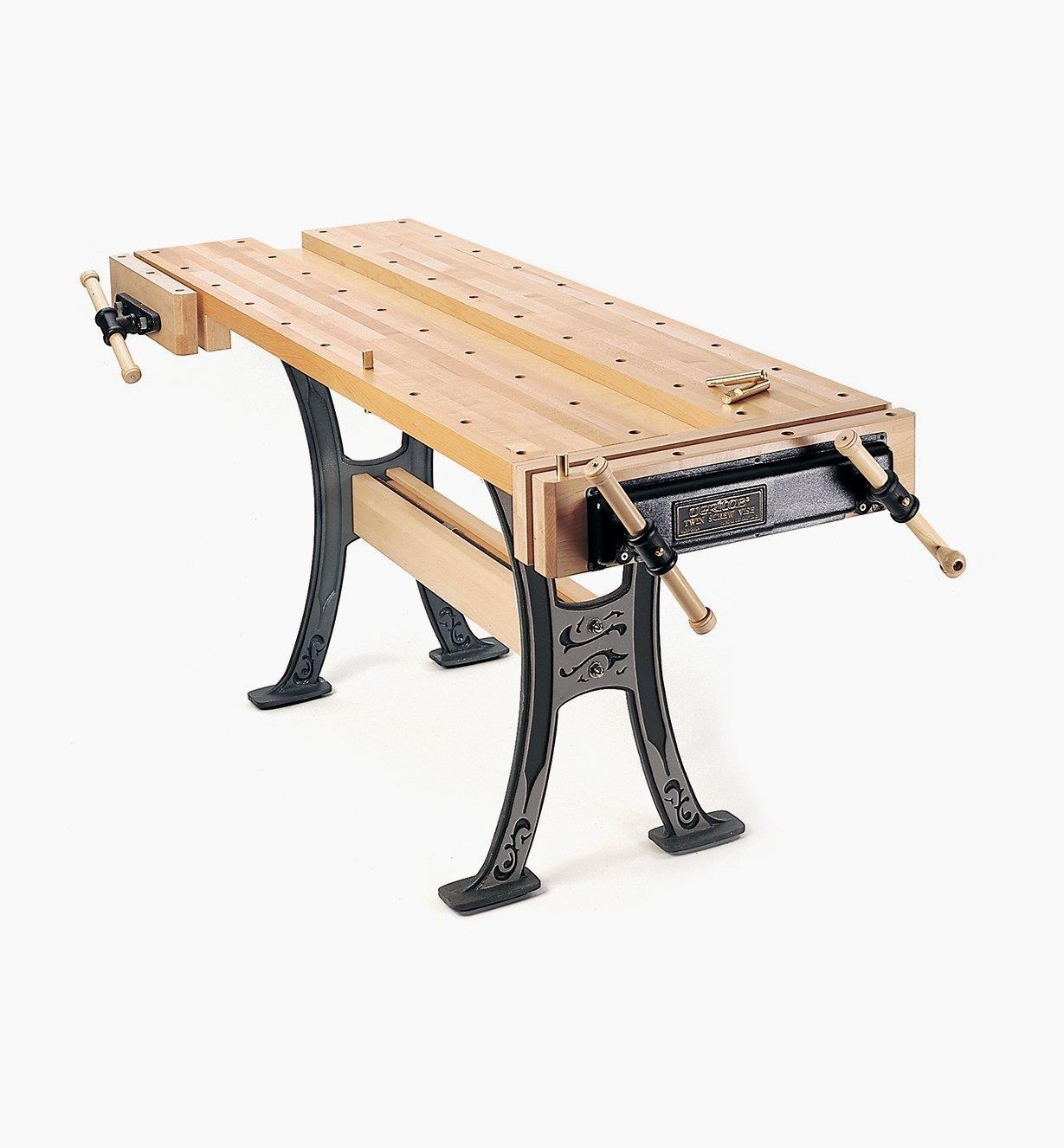 05A0201 - Veritas Bench with Cast-Iron Base