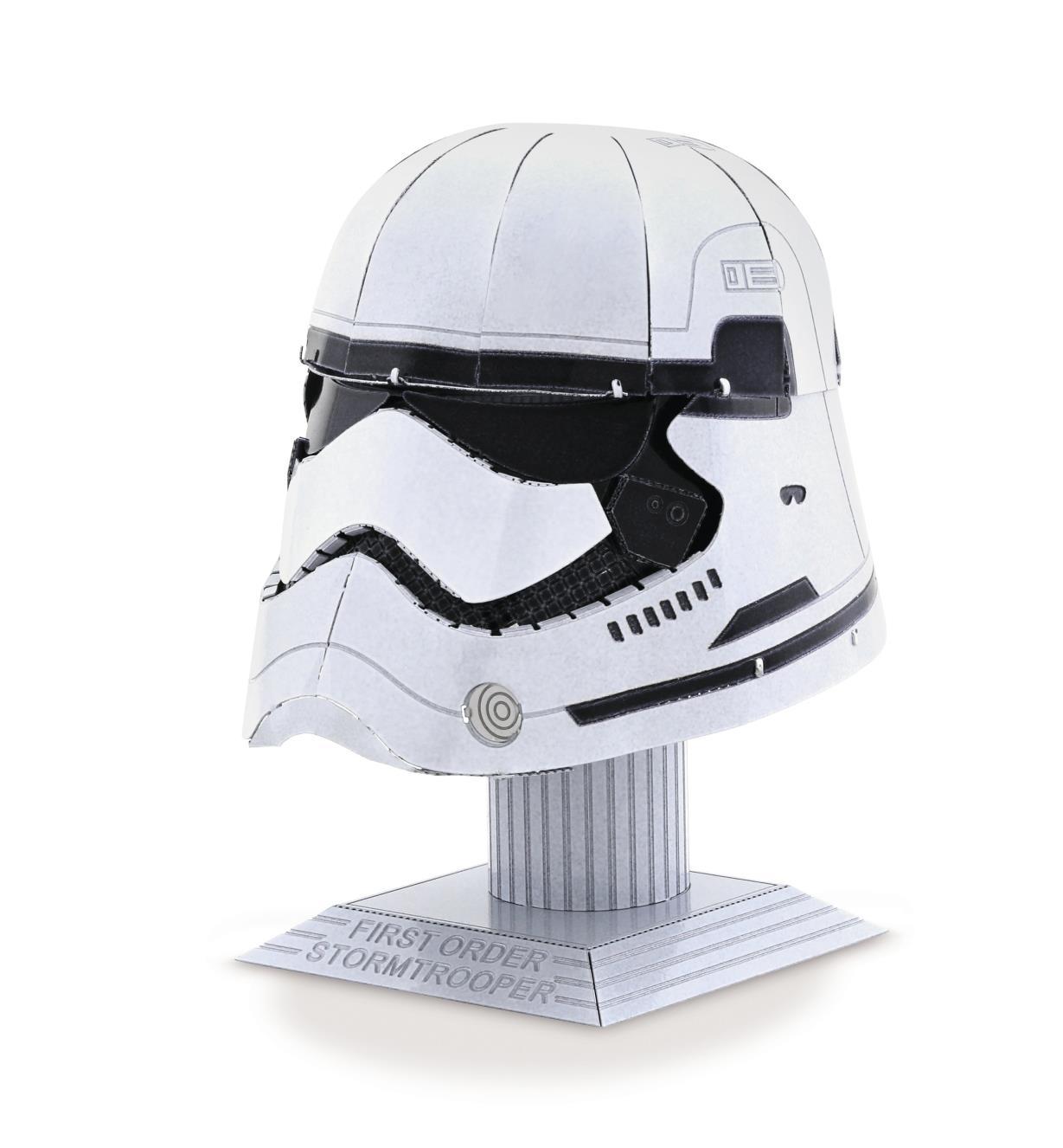 45K4166 - Modèle réduit en métal – Star Wars: Casque de stormtrooper du Premier Ordre