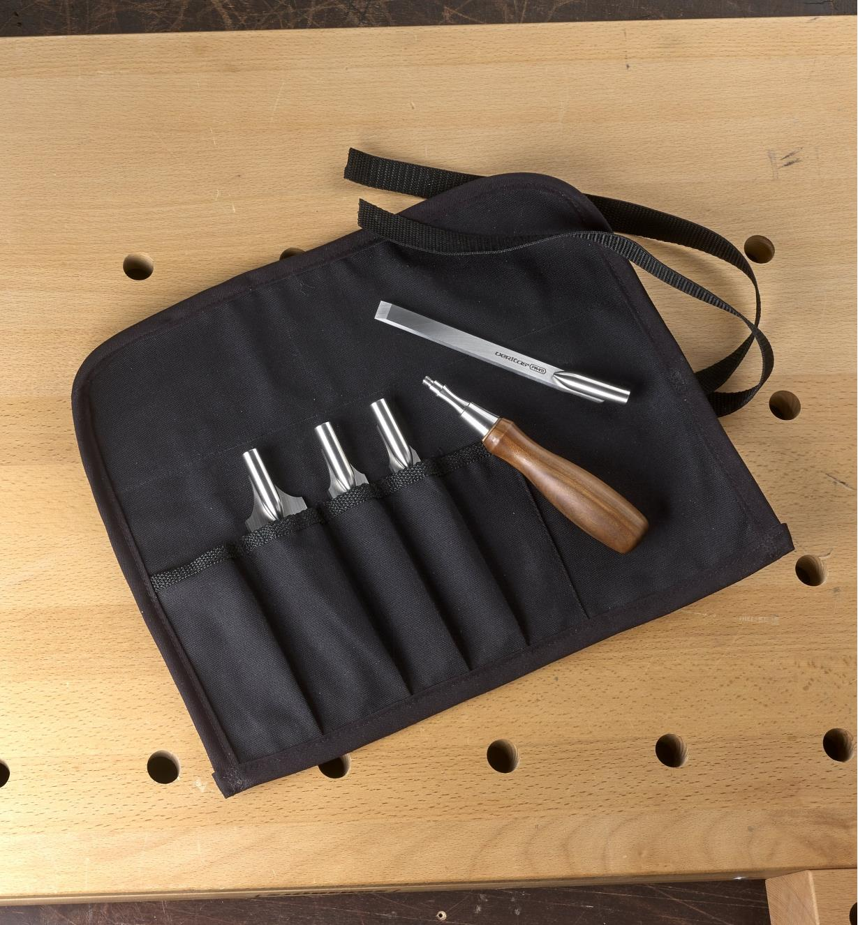 Veritas Flushing Chisel Roll lying open with chisels in the pockets