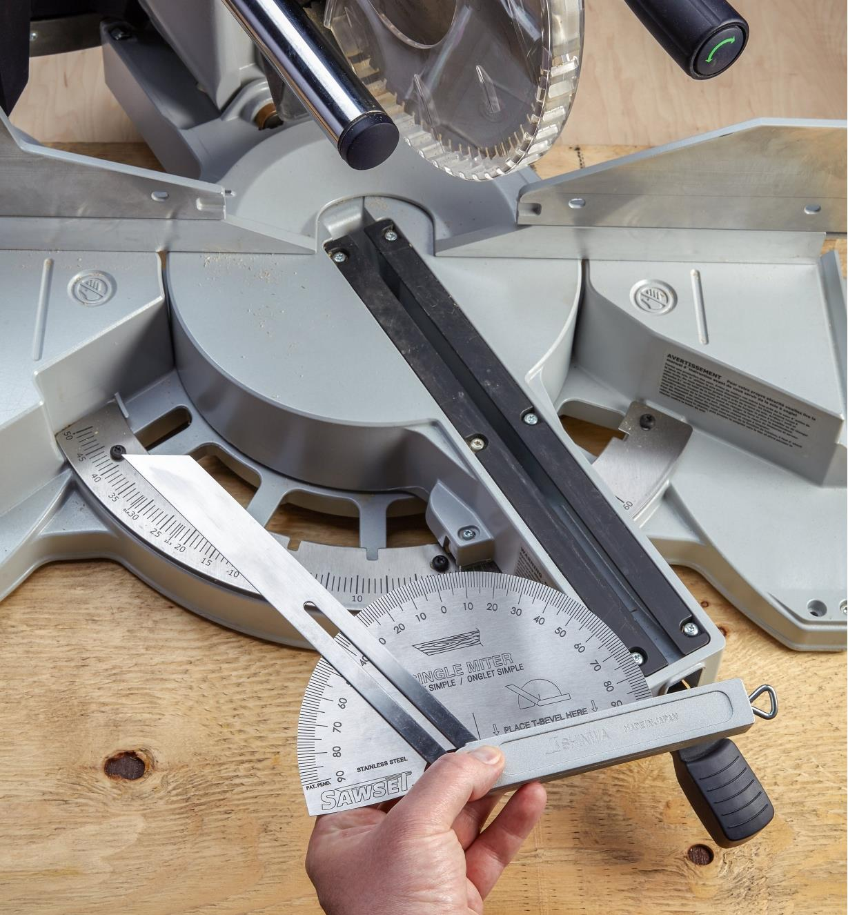 88N9090 - Miter-Saw Setting Guide