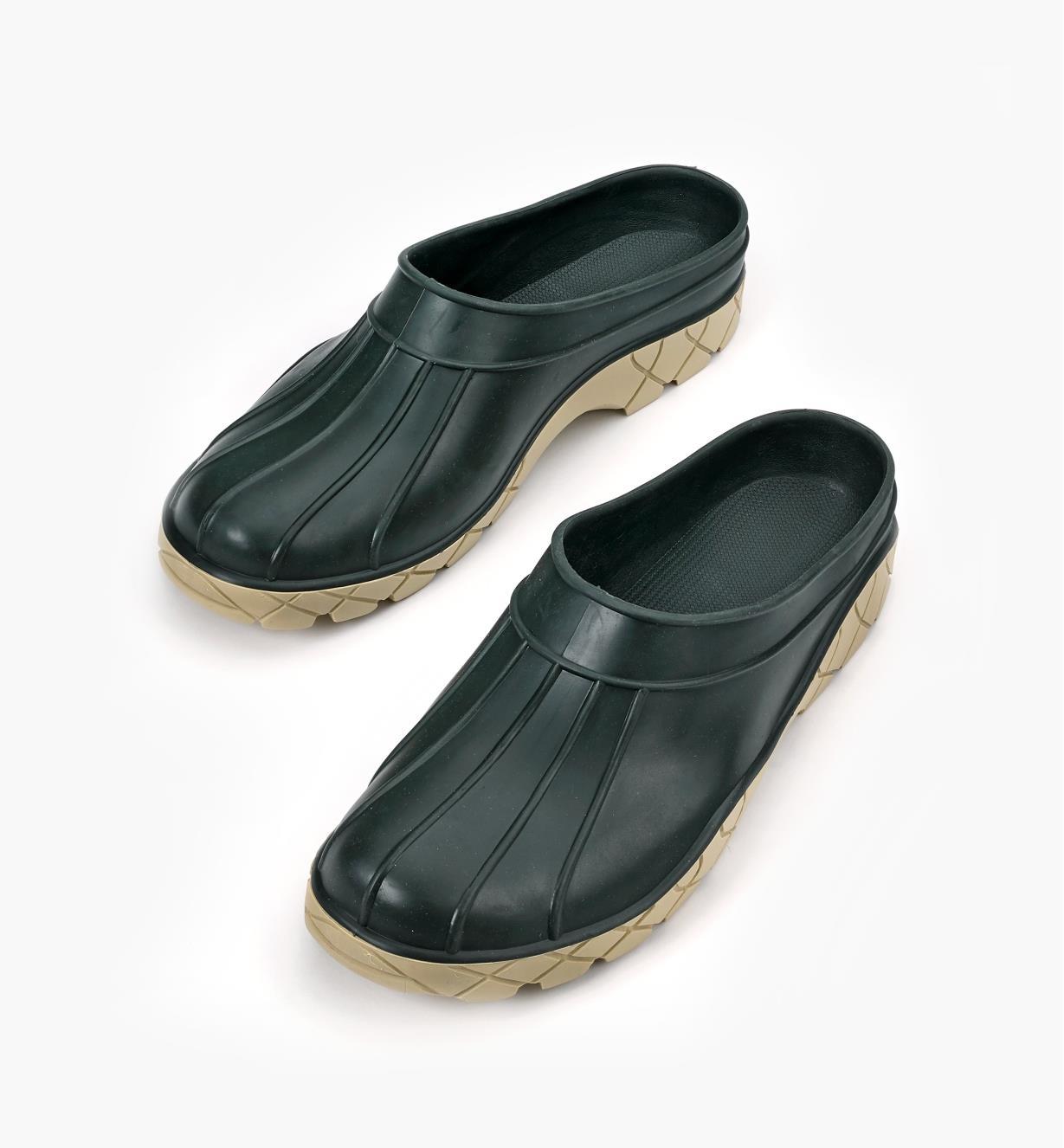 Baffin Clogs