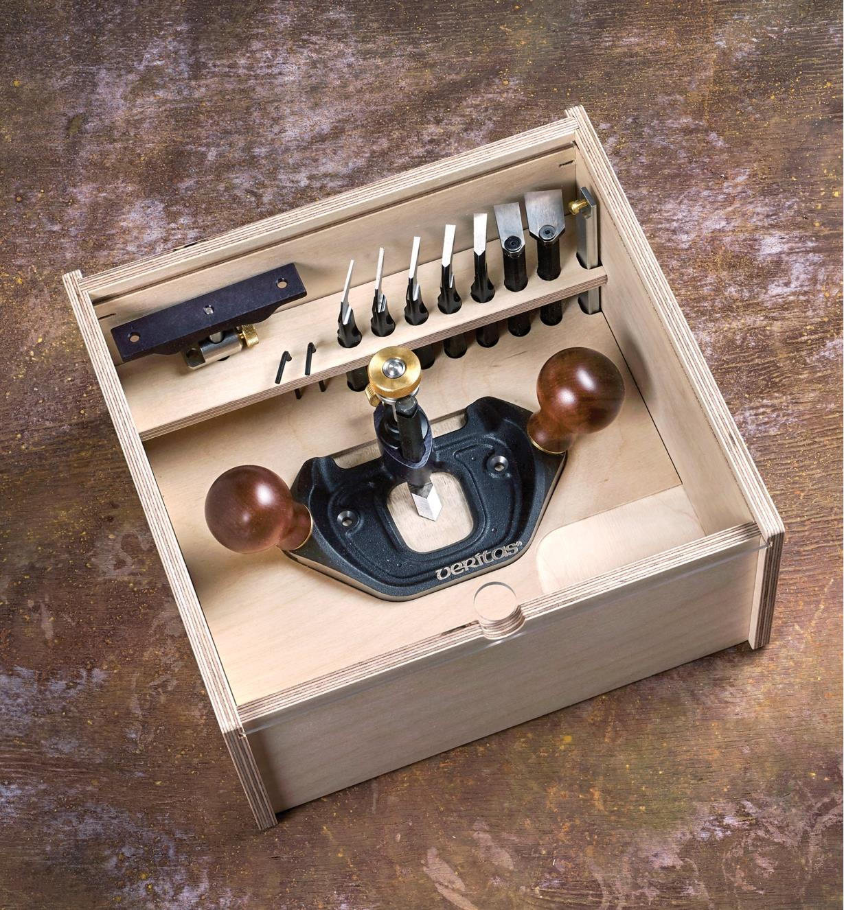 05P3892 - Large Router Plane, Box & Imperial Blades Set