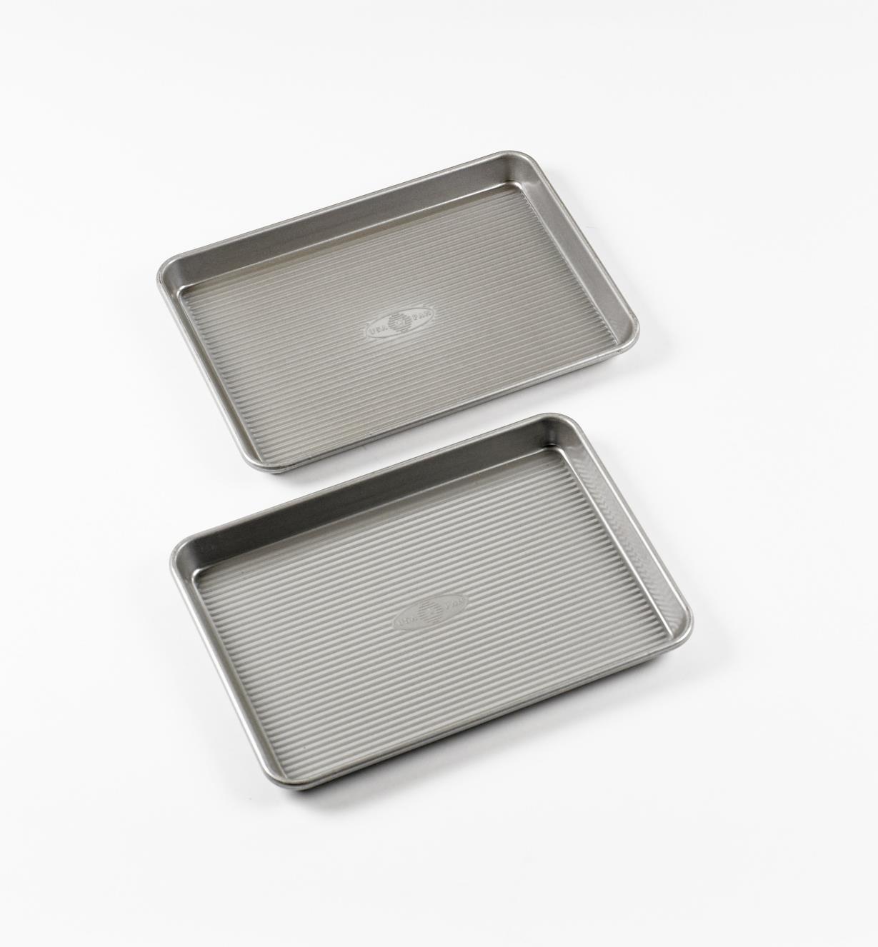 99W9051 - Set of 2 Quarter Sheet Baking Pans