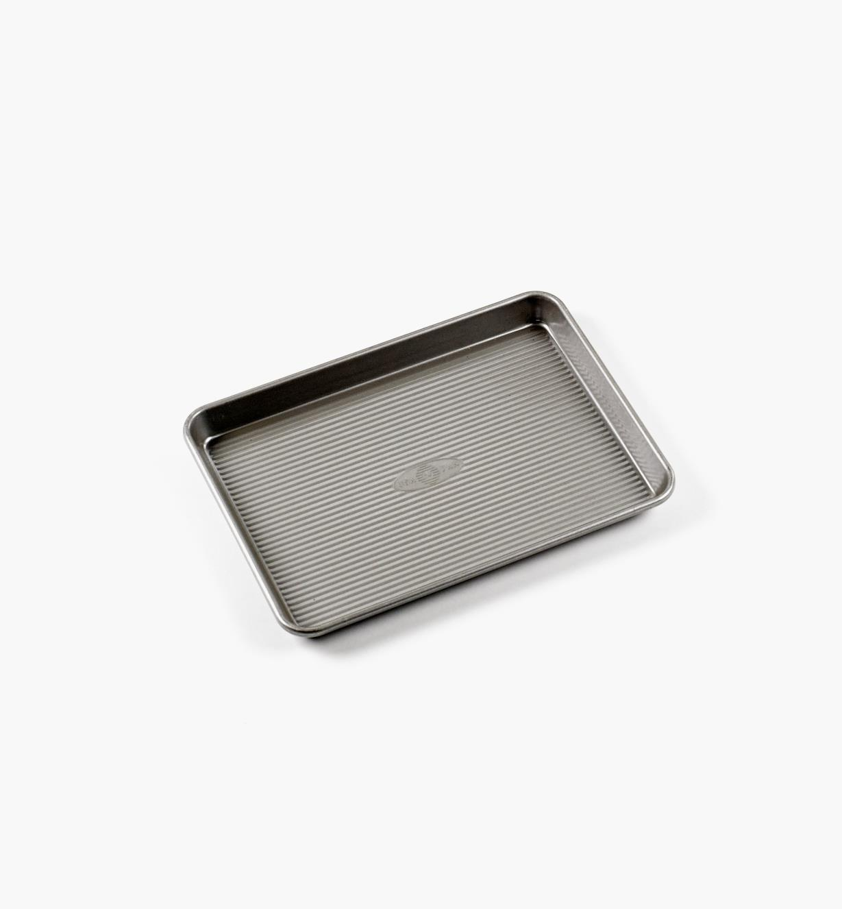 EV692 - Quarter Sheet Baking Pan