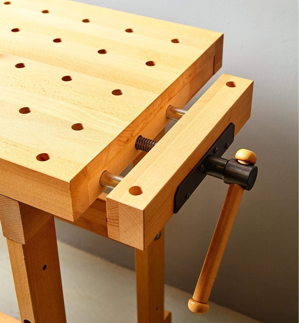 Closer view of the Sjöbergs apartment workbench's end vise showing the double guide rods