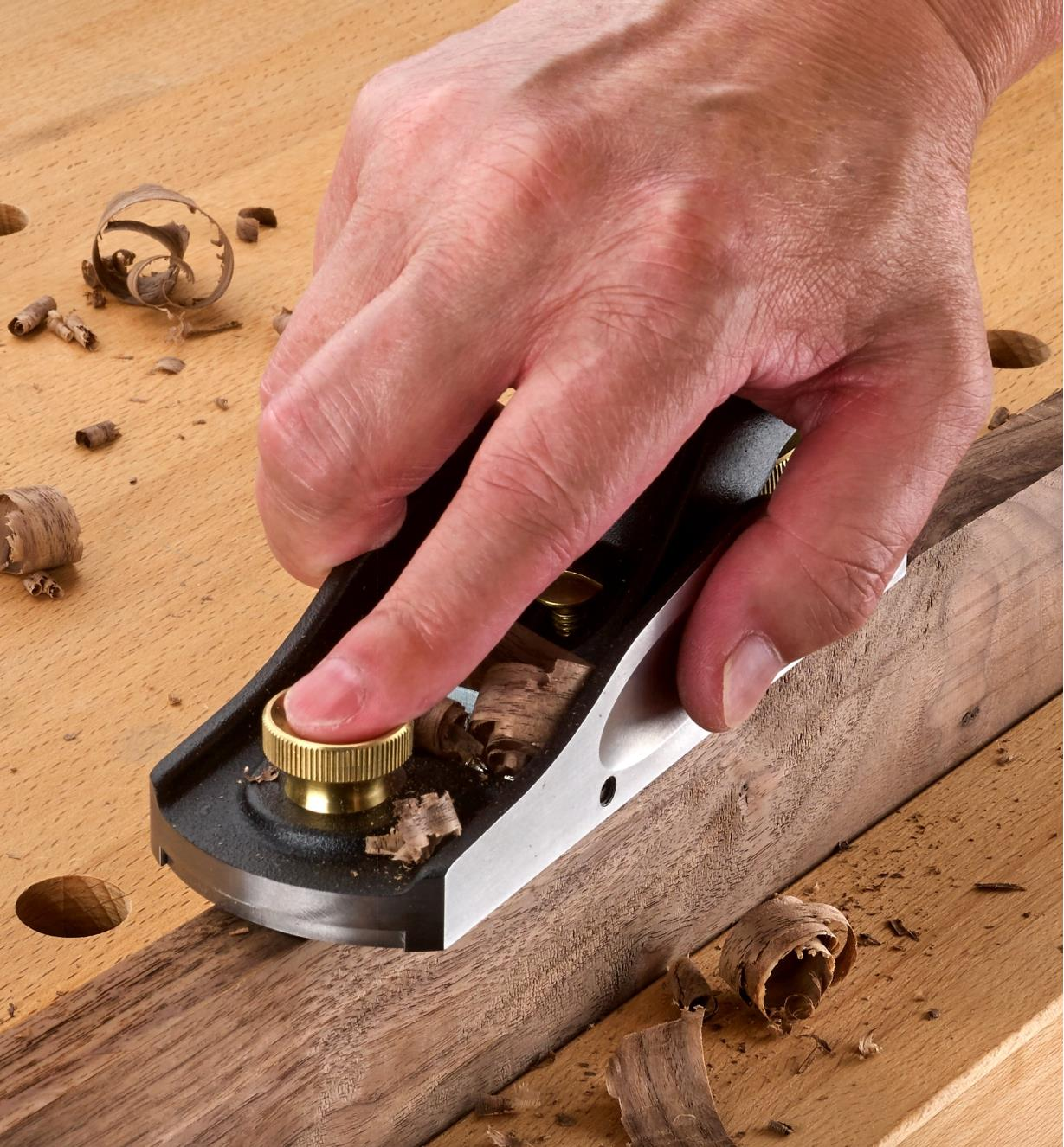 Planing a board with a Veritas Low-Angle Block Plane