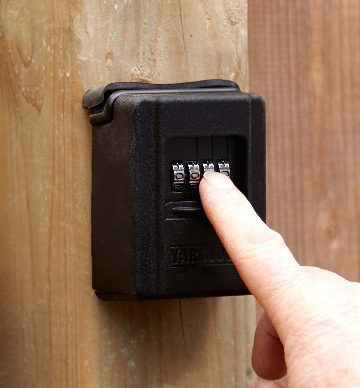 Operating the combination pad on the keyless gate lock