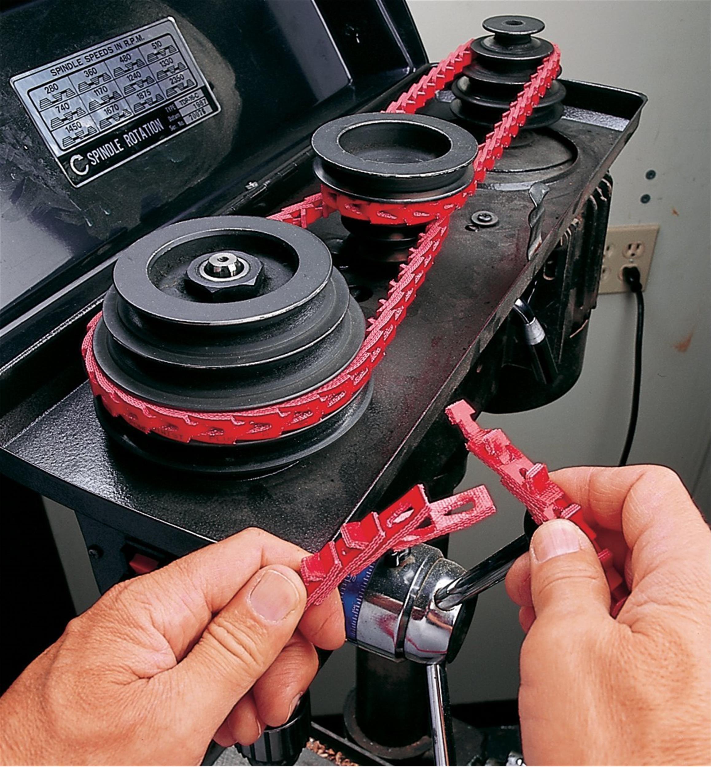 "R Accu-Twist /""A/"" Adjustable Link V-Belt 6/' 4L, 1//2/"""